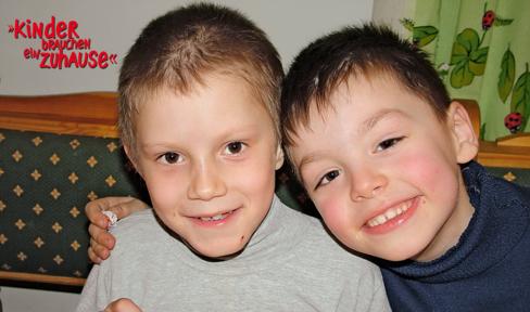 Archivbild der Stiftung: zwei Kinder aus Osteuropa