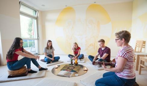 Meditationsraum an den Don Bosco Schulen in Vöcklabruck